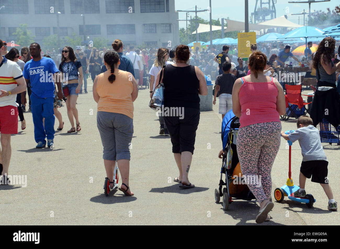 fat obese large overweight americans new york family usa - Stock Image