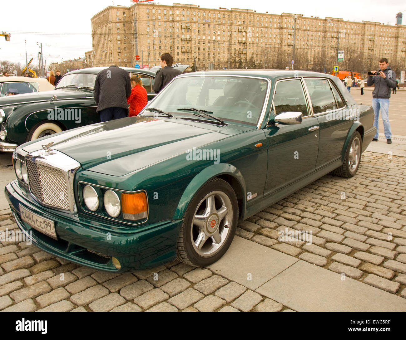 Classic Bentley Wedding Car: Old Fashioned Bentley Car Classic Stock Photos & Old