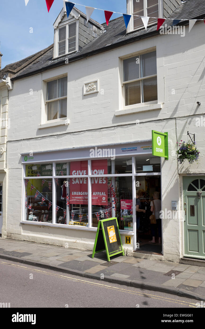 Oxfam Charity Shop in Corsham Wiltshire Stock Photo