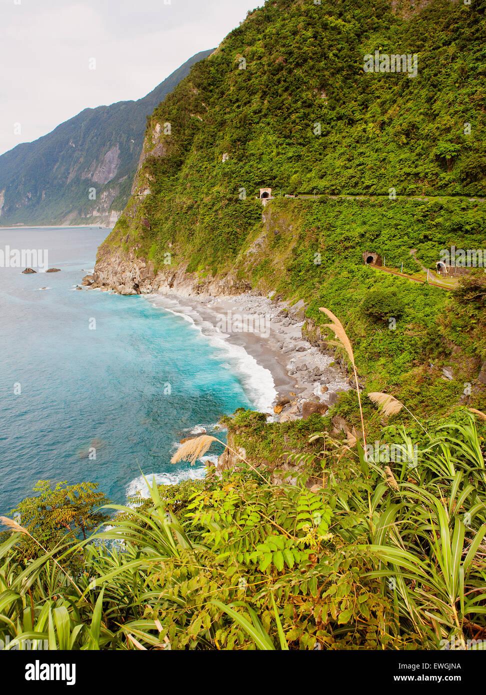 A view of the coast along Su-hua Highway, along the Huide Trail near Taroko Gorge Taiwan - Stock Image