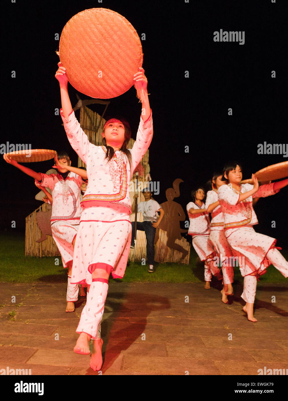 Aboriginal tribal dancing at the Leader Bulowan Hotel. Village Taroko is designed to be a small tribal village. - Stock Image
