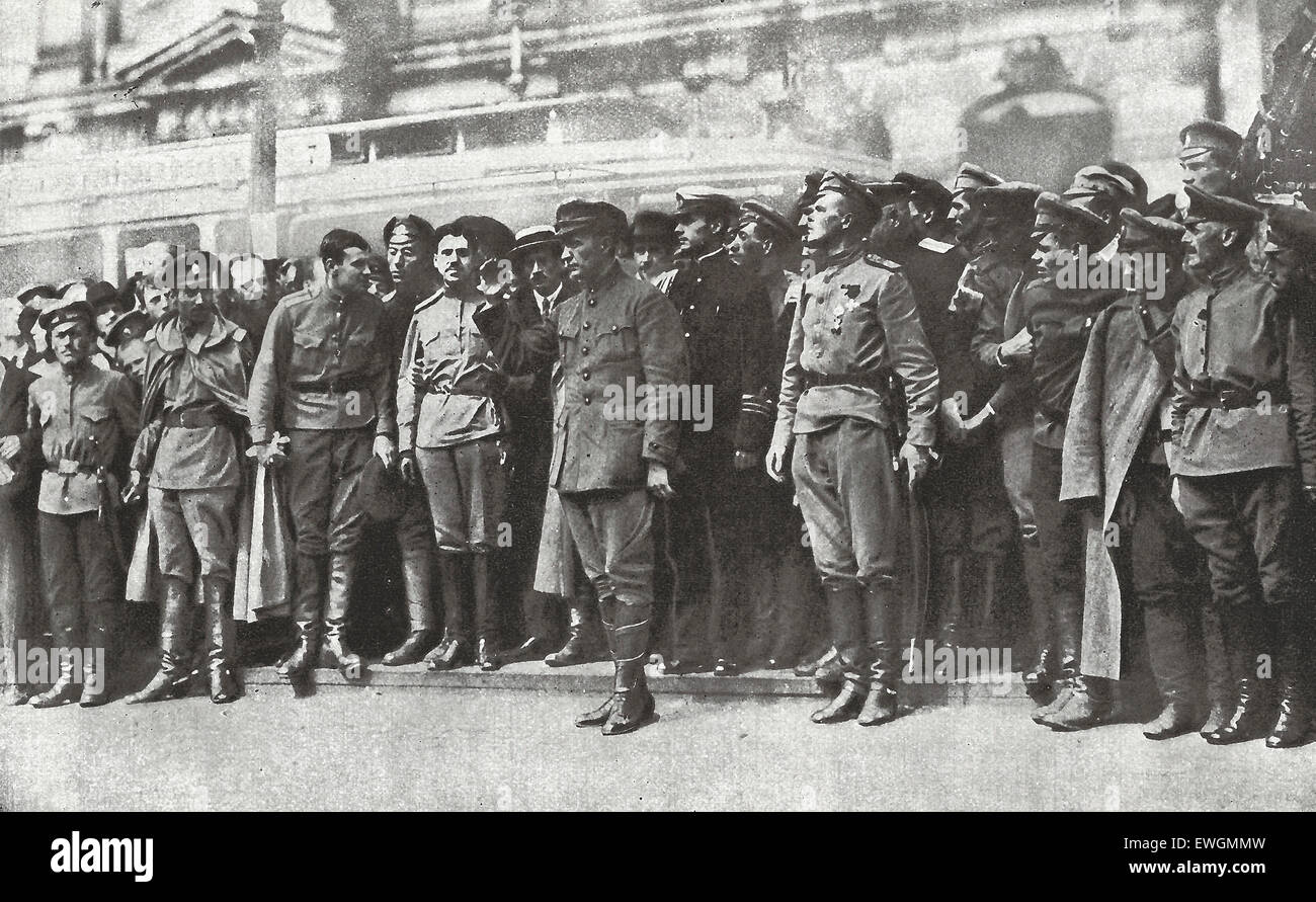 Figures of the Russian Revolution - For a time Kerensky, as here, held the center of the stage.  It is a sign of - Stock Image