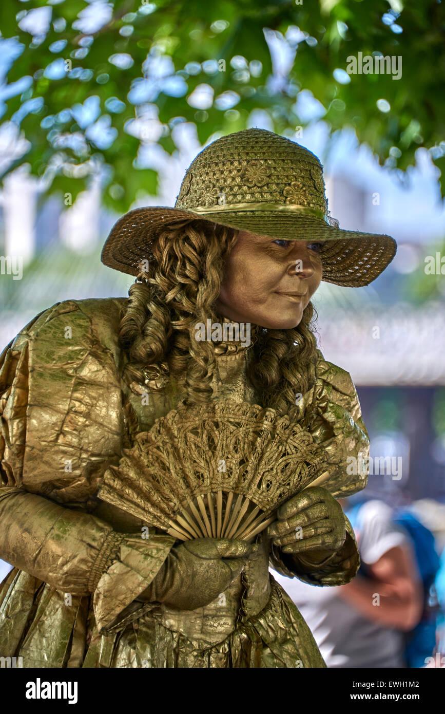 Queen Elizabeth Ii Jubilee Gardens Stock Photos & Queen Elizabeth Ii ...