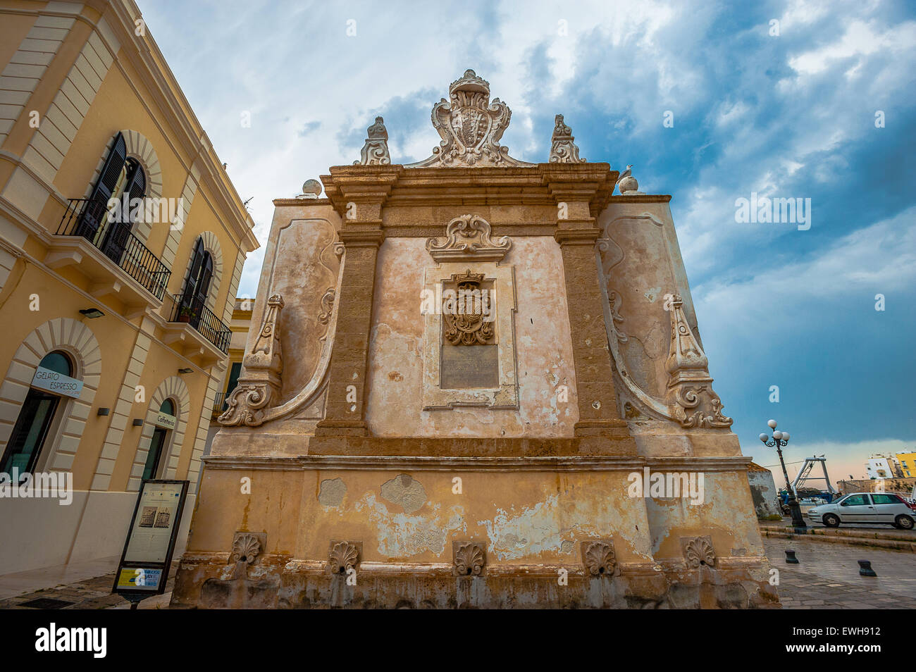 Italy Apulia Salento Gallipoli Hellenistic Fountain - Stock Image