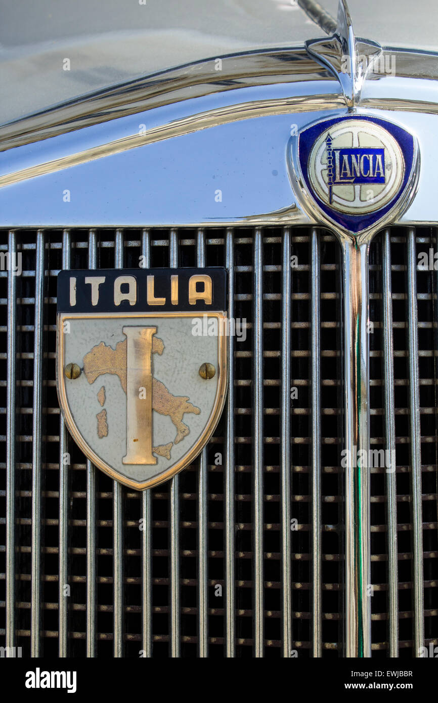 Italian vintage car, Lancia logo close-up - Stock Image
