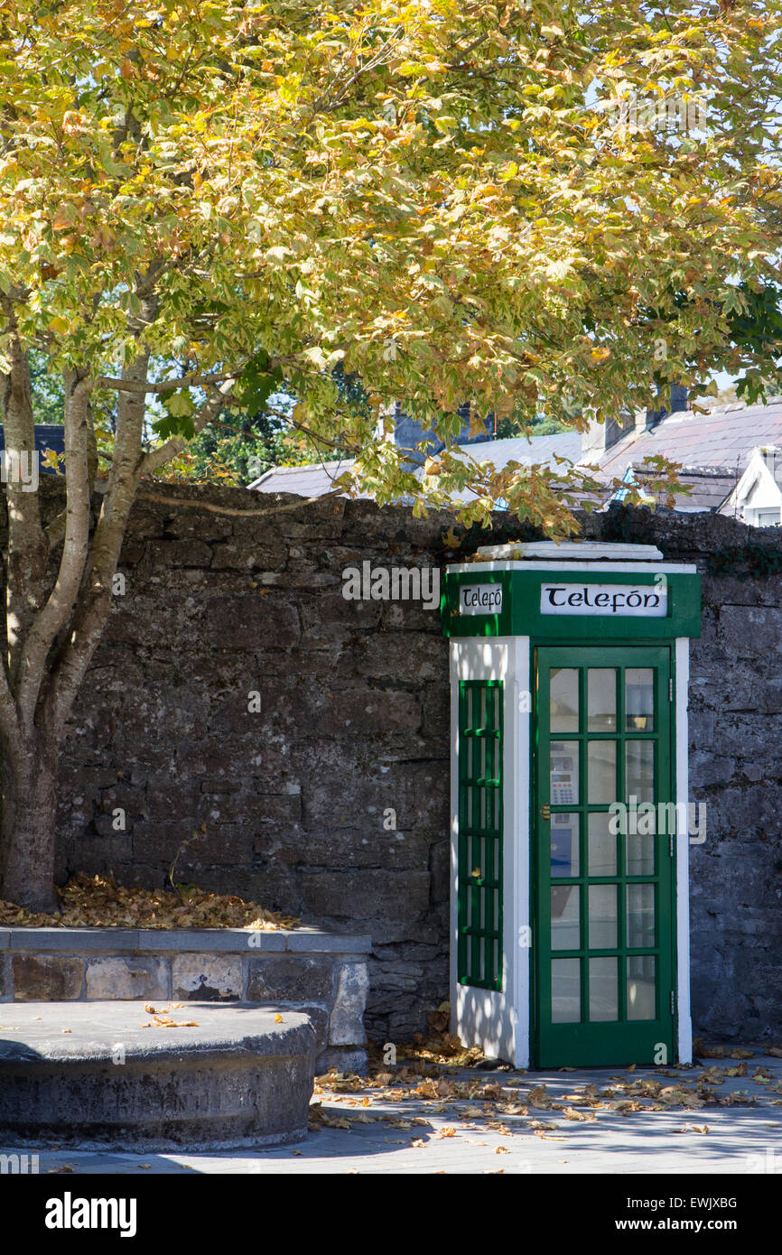 Irish telephone box in Cong, Ireland - Stock Image