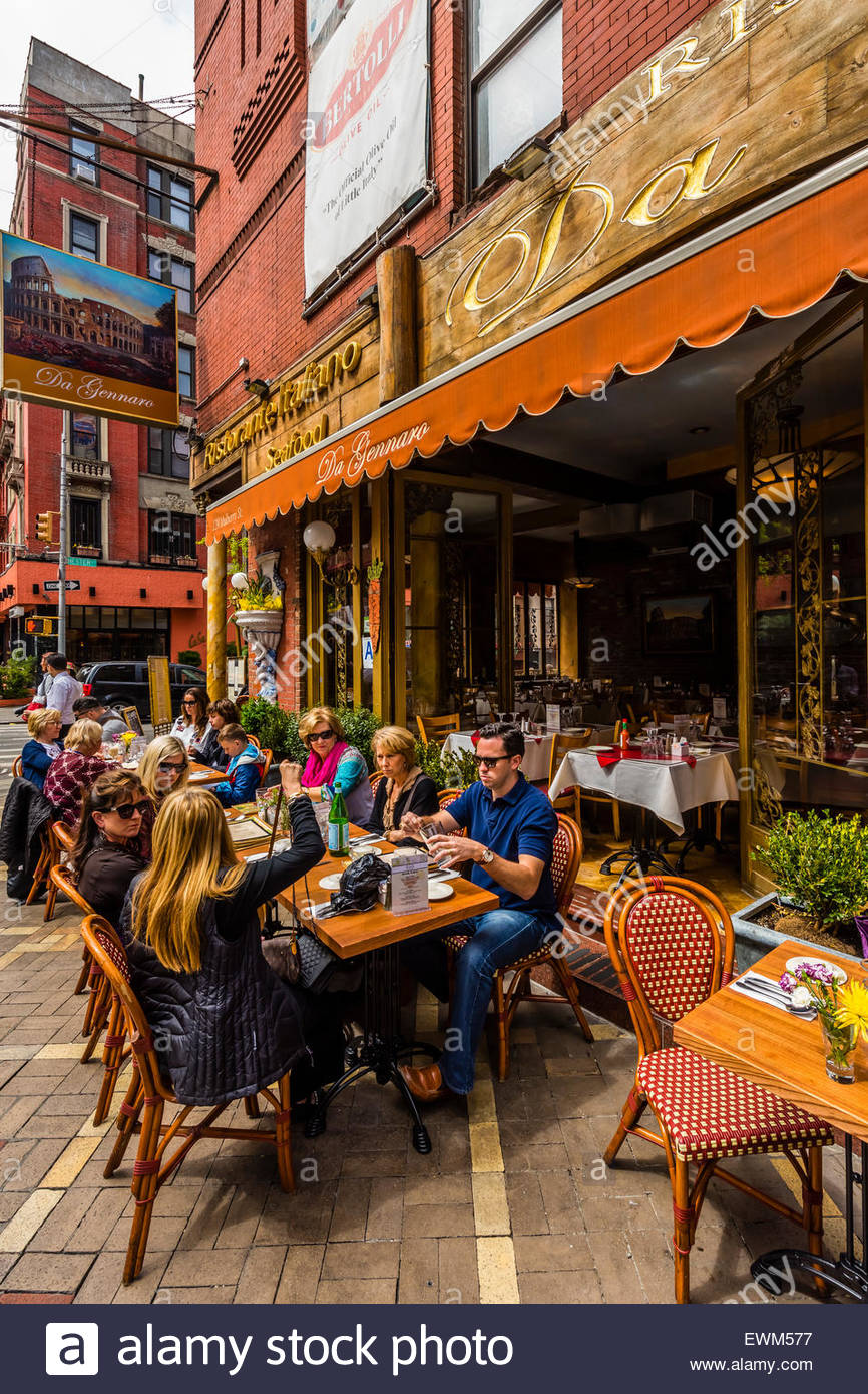Outdoor dining new york stock photos