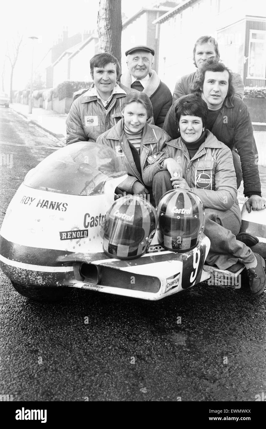 The Hanks Racing Team January 18th 1978 Back Row (L-R) Fred Hanks, Norman Hanks, Middle Row (L-R) Roy Hanks - Gerald - Stock Image