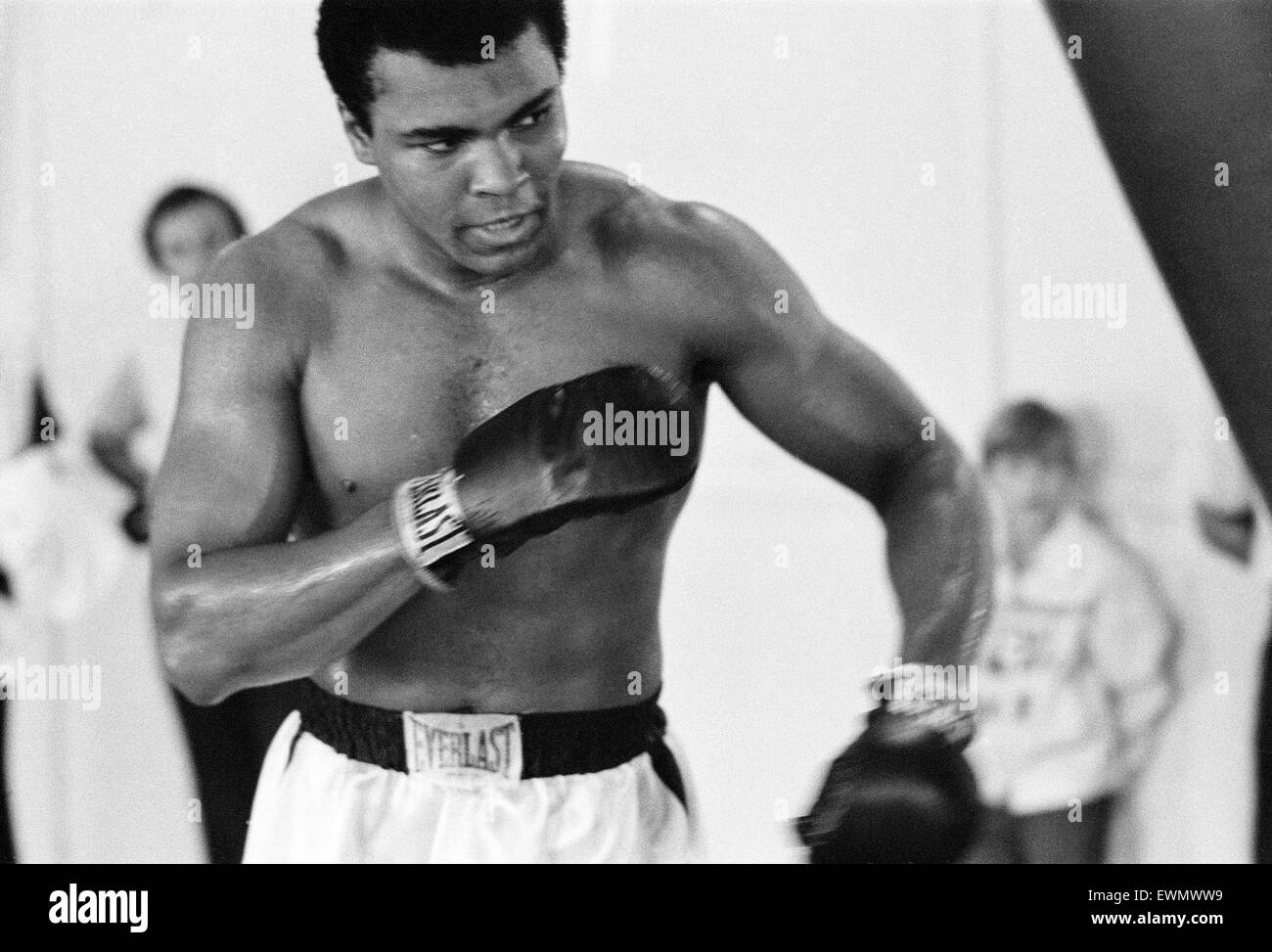 Muhammad Ali in the gym ahead of his clash with Smoking Joe Frazier to be held at  Madison Square Garden in New - Stock Image