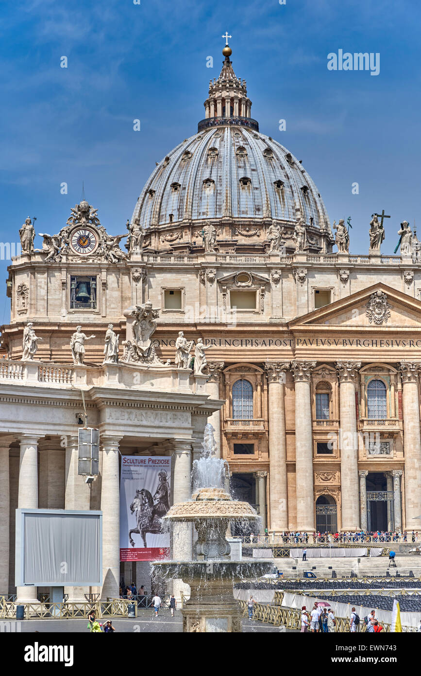 Vatican City, The Apostolic Palace Is The Official