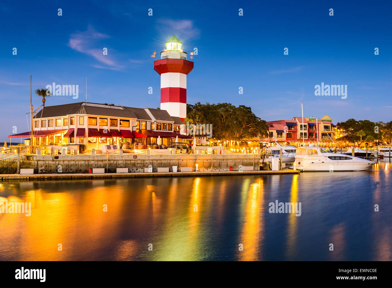 Hilton Head, South Carolina, lighthouse at twilight. - Stock Image