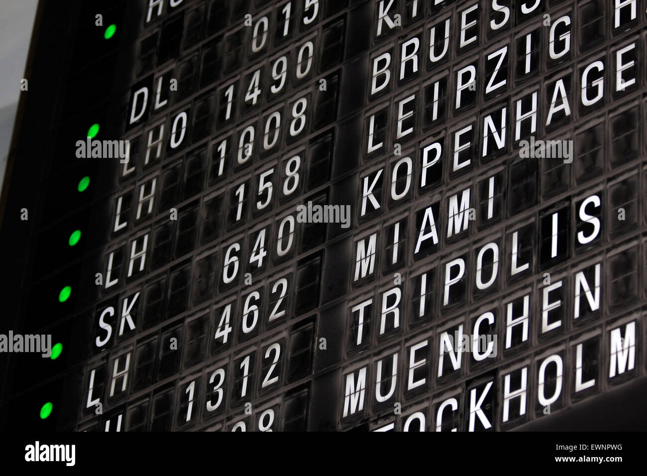 Departure Gate List High Resolution Stock Photography And Images Alamy