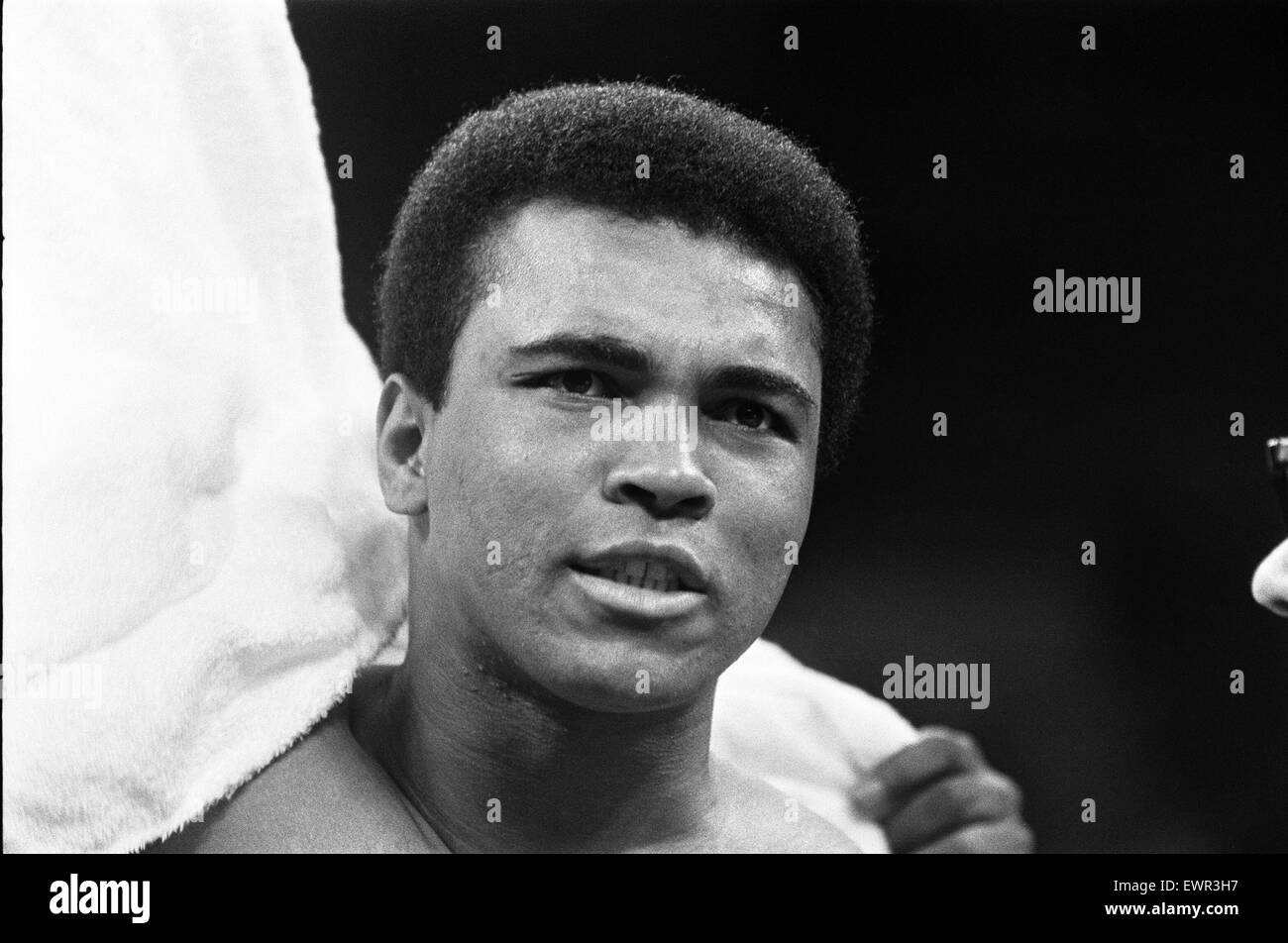 Muhammad Ali  in his training camp ahead of his first fight with Joe Frazier. 1st December 1972 - Stock Image