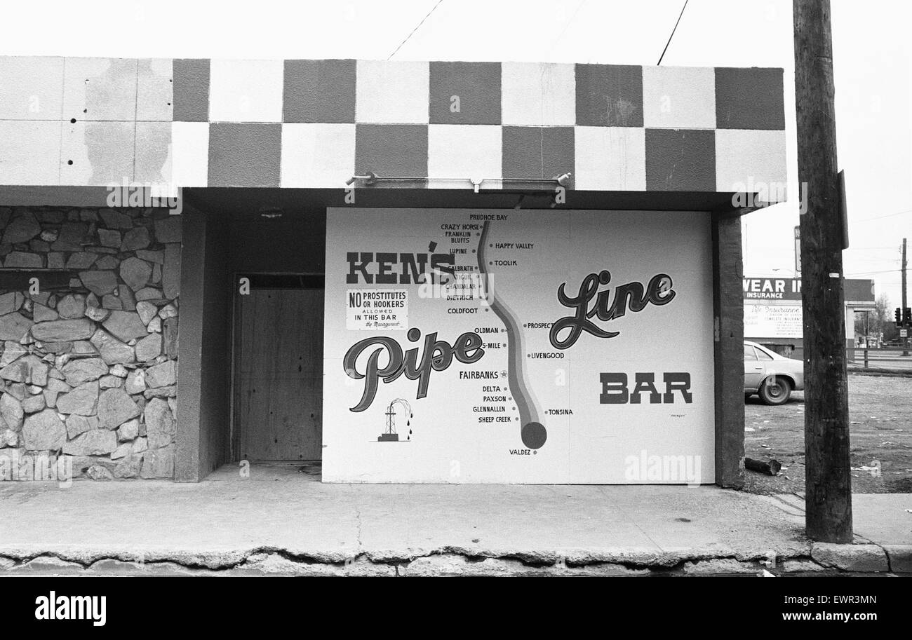 Ken's Pipeline Bar in Fairbanks Alaska USA December 1977 Stock Photo