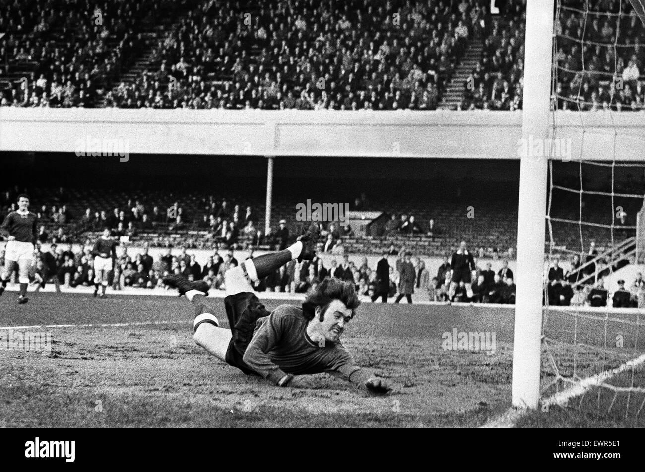 Andy Rankin, Everton goalkeeper. Arsenal v Everton, League Division One, played at Highbury. Score - 3-1 to Arsenal. - Stock Image