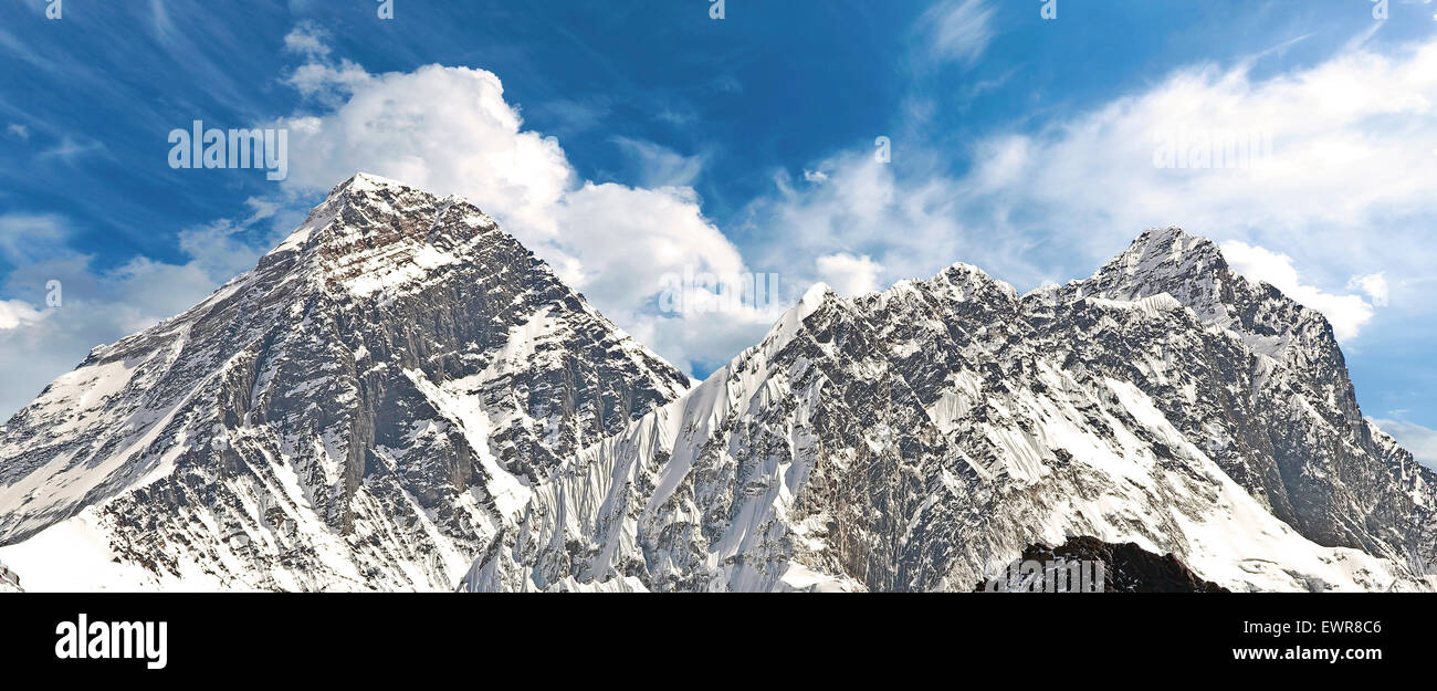 Panoramic view of Mount Everest (Sagarmatha), highest mountain in the world, Nepal. - Stock Image