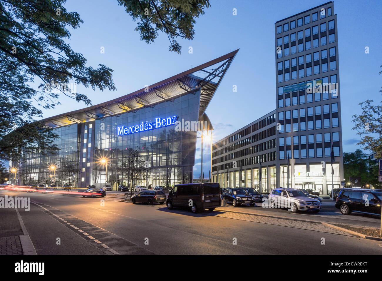 Mercedes Benz Branch Office, Tiergarten, Berlin - Stock Image