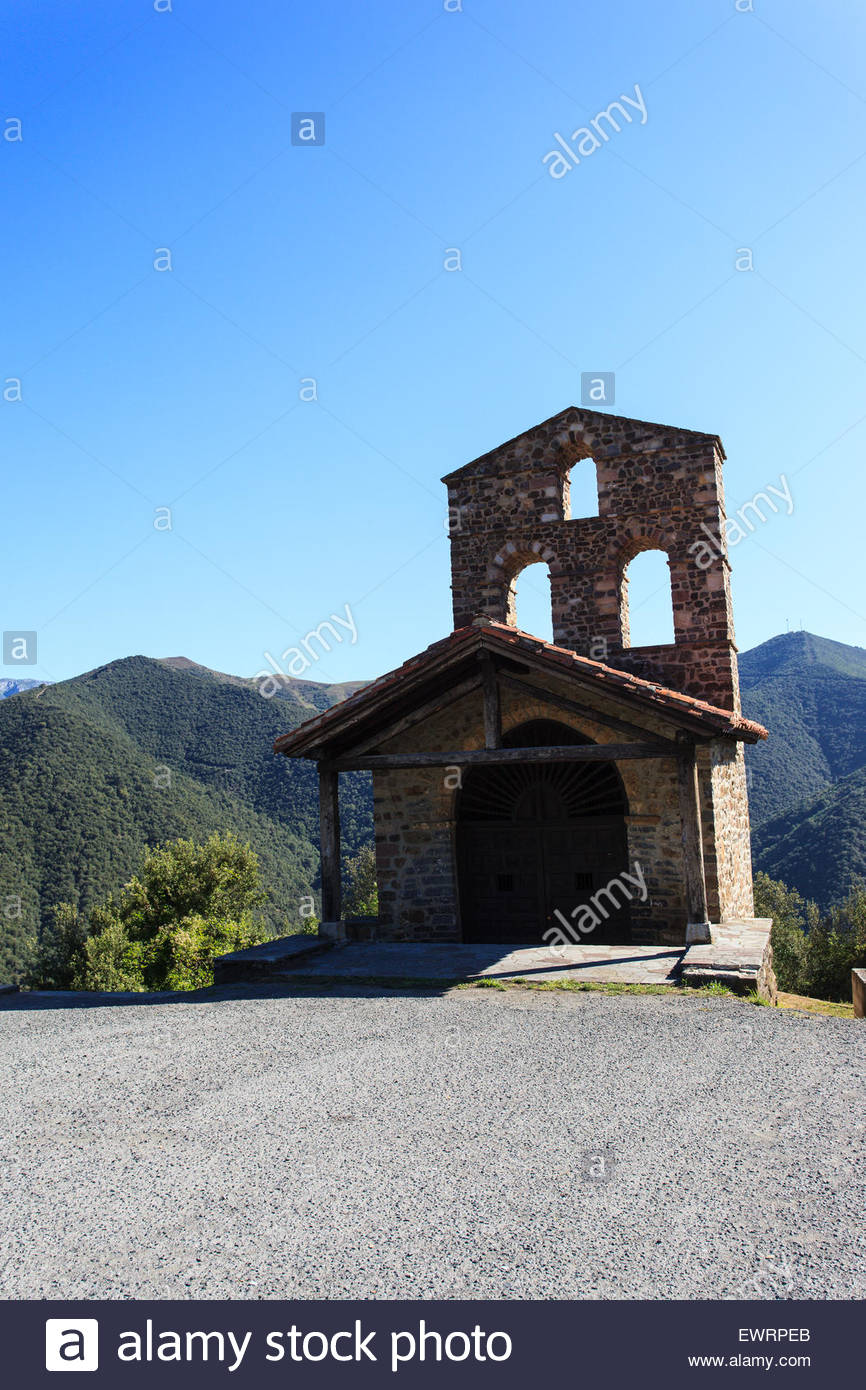 San Miguel hermitage, in in the district of Liébana, near Potes in Cantabria, Spain. - Stock Image