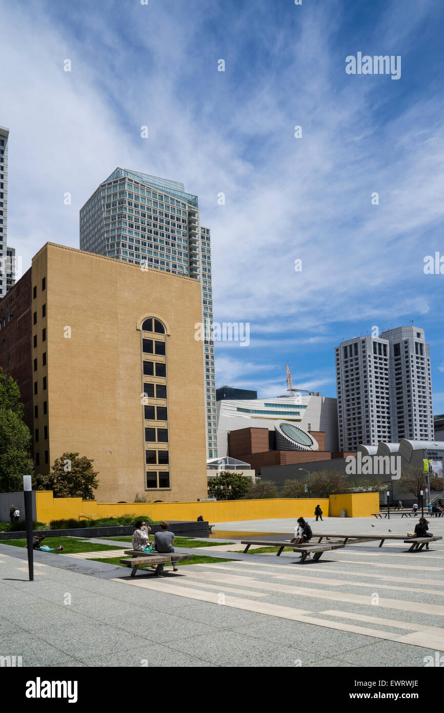 Jessie square in San Francisco for urban relaxation - Stock Image