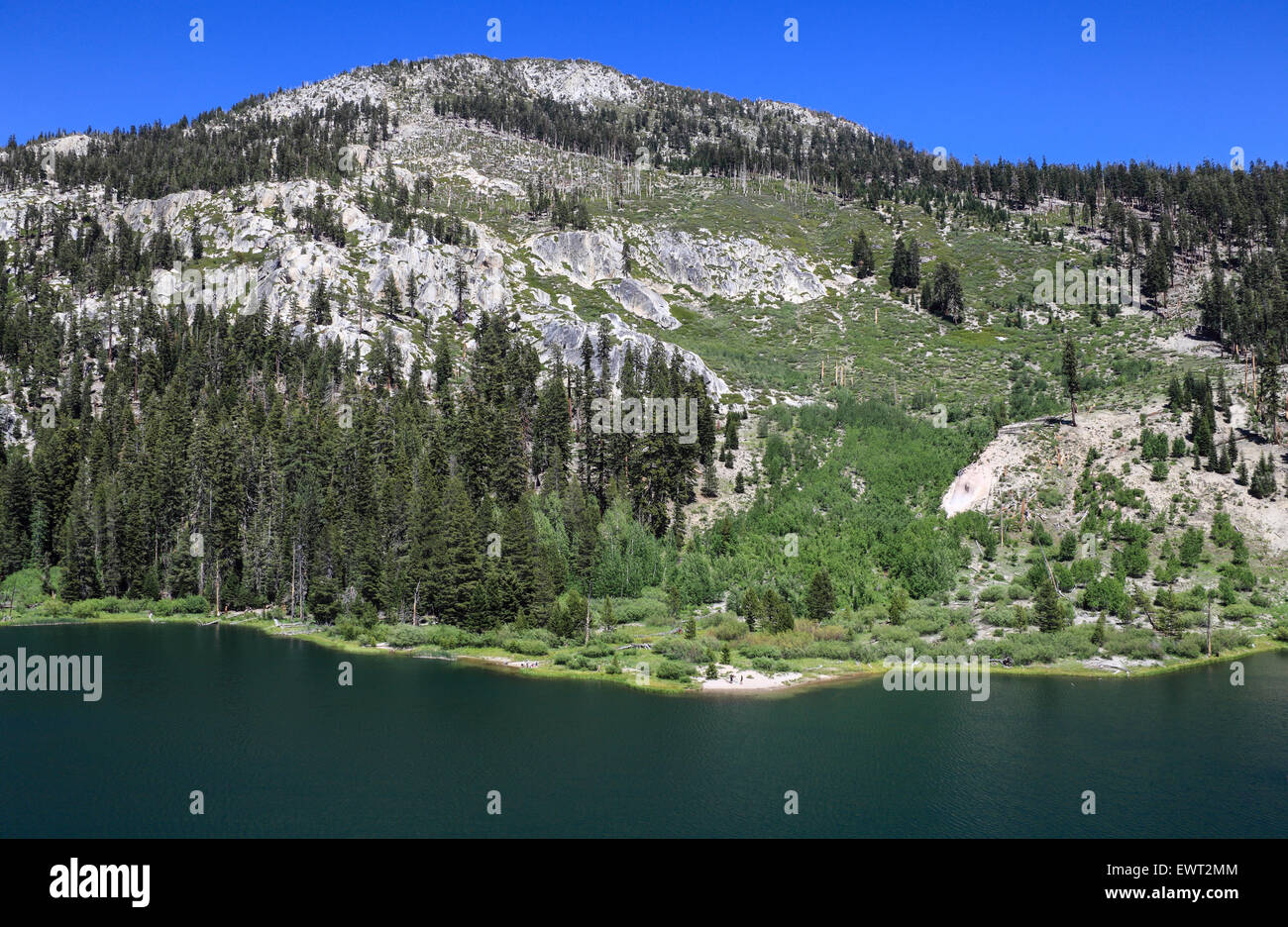 View of Sotcher Lake in Devils Postpile National Monument in Northern California from loop trail - Stock Image
