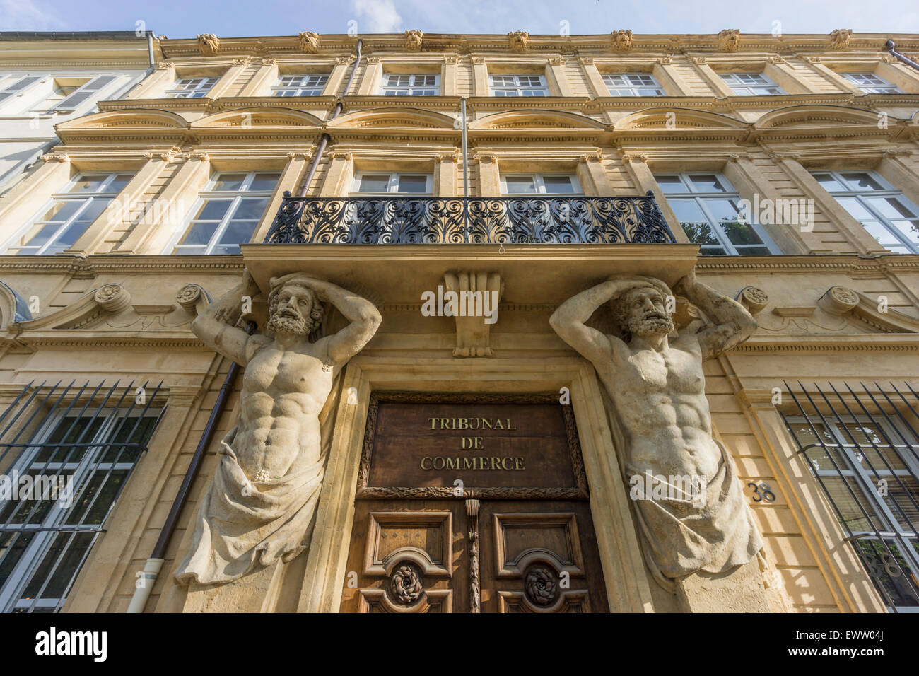 Dorway with caryatids, Tribunal de Commerce, Atlas Firgures,   Cours Mirabeau, Aix-en-Provence, Bouches-du-Rhone Stock Photo