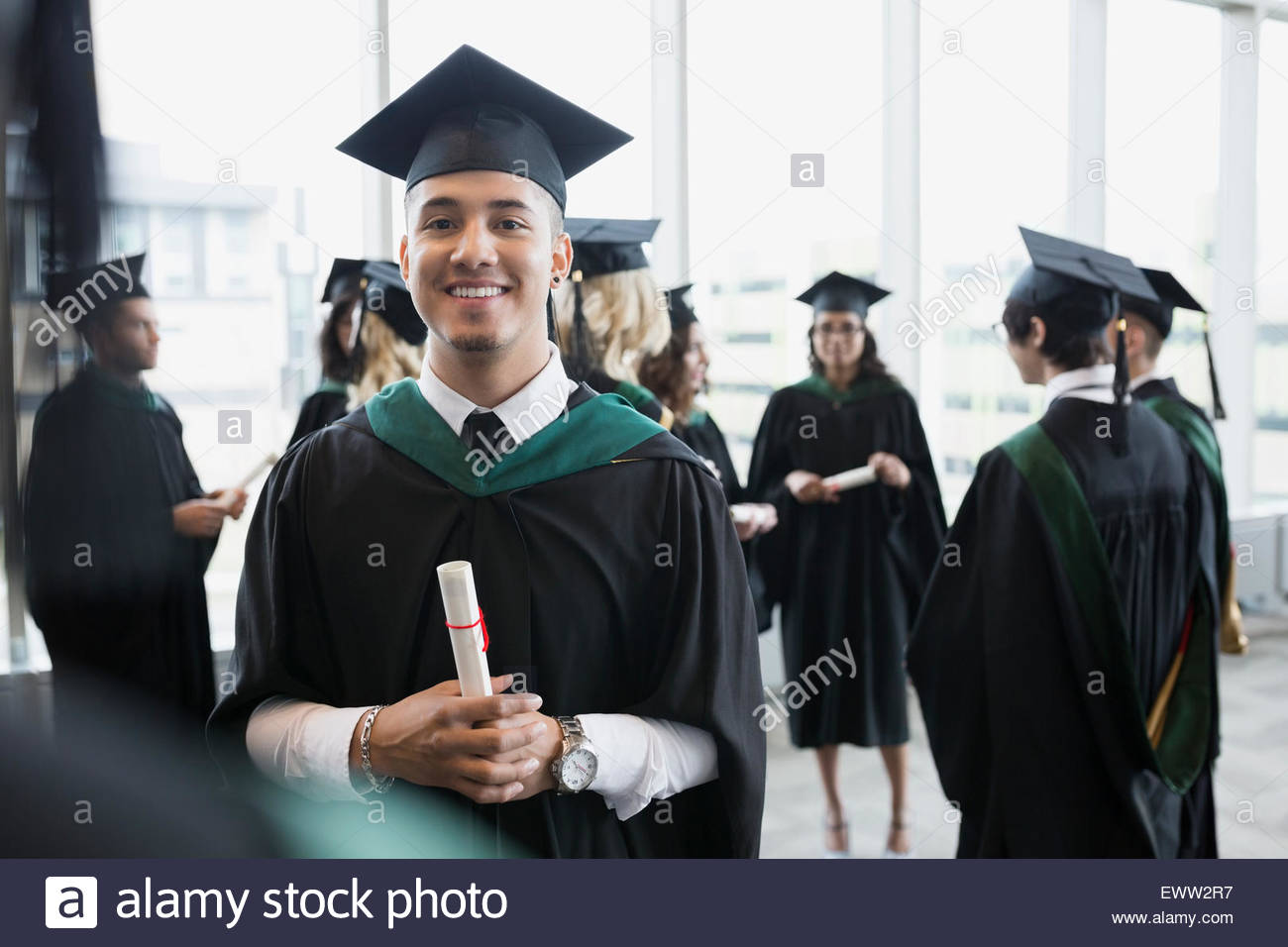 Graduation Gown Asian Stock Photos & Graduation Gown Asian Stock ...
