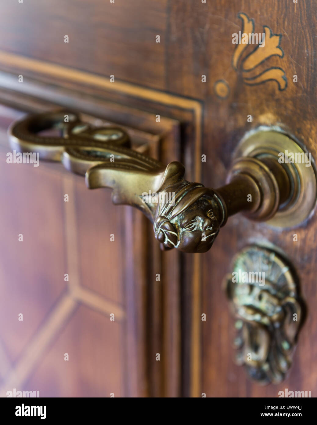 Detail of figureheaded door handle - Stock Image