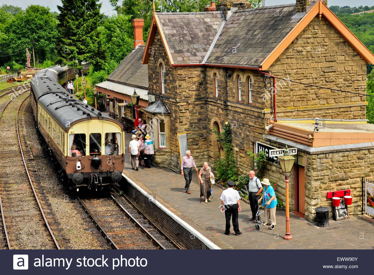 A train at the platform of Highley Railway station on the Severn Valley Railway in Shropshire, UK. - Stock Image