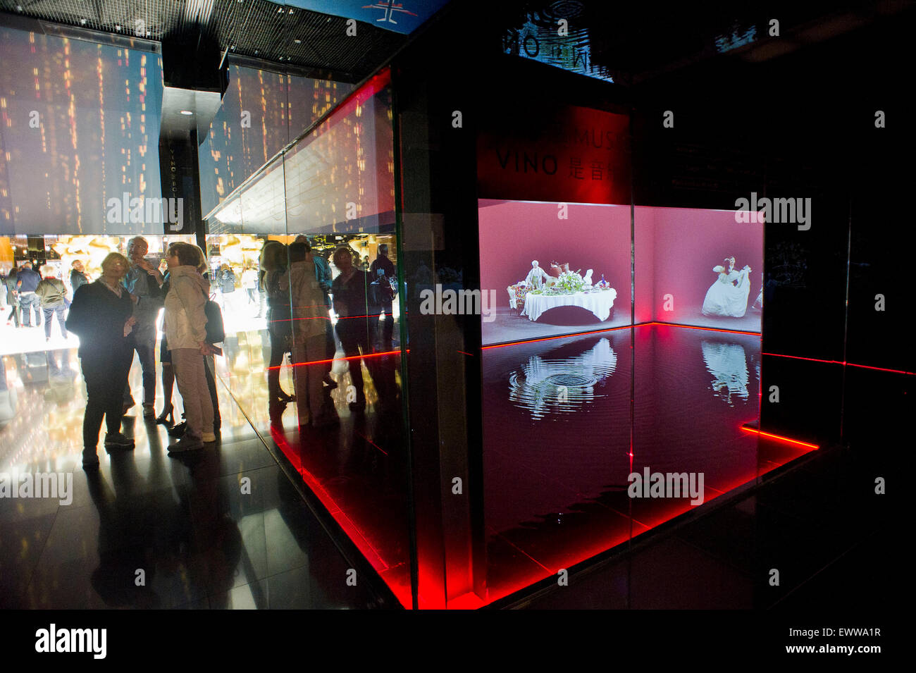 Italy, Milan, Expo 2015, Hall of Wine Italy, the presence of art in the pavilion's history, sociability, love. Stock Photo