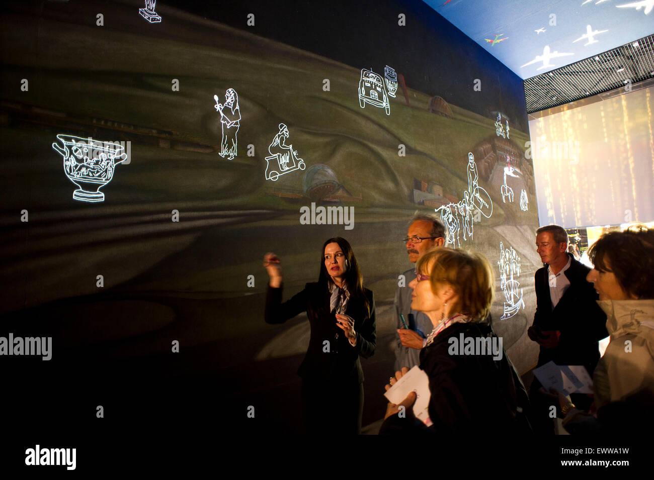 Italy, Milan, Expo 2015, Hall of Wine Italy, the presence of art in the pavilion's history, sociability, love. - Stock Image
