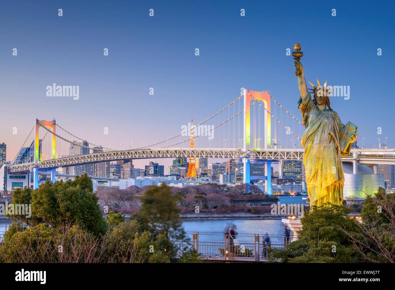 Tokyo, Japan skyline view from Odaiba. - Stock Image