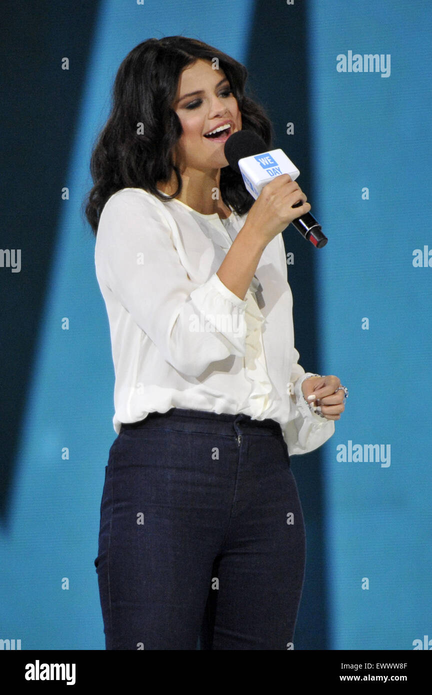 2015 We Day held at the Allstate Arena in Rosemont - Performance  Featuring: Selena Gomez Where: Chicago, Illinois, Stock Photo
