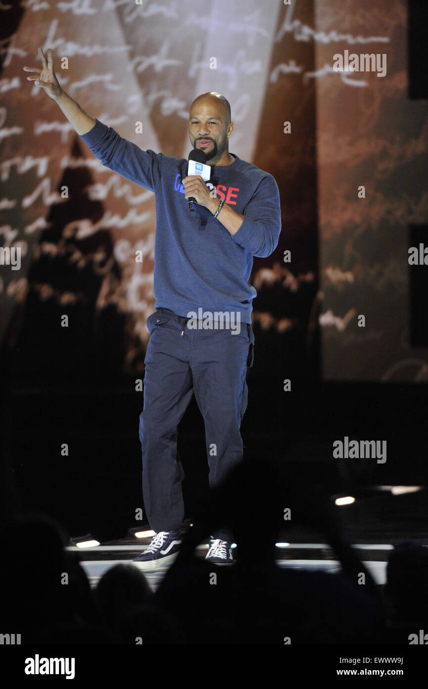 2015 We Day held at the Allstate Arena in Rosemont - Performance  Featuring: Common Where: Chicago, Illinois, United Stock Photo