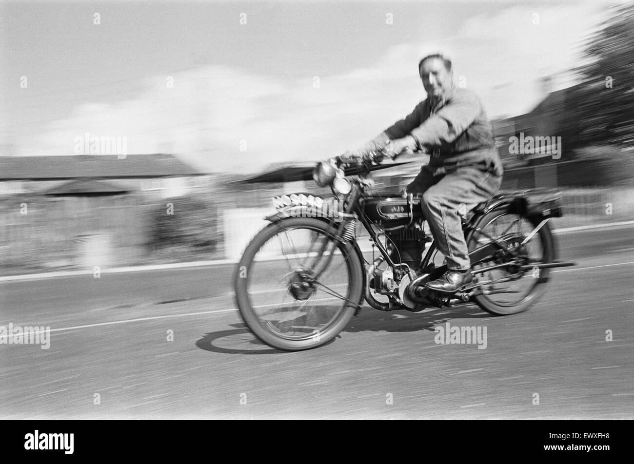 A vintage motorbike enthusiast out for a Sunday ride on his 1928 AJS Motorcycle at Basingstoke. September 1970 - Stock Image