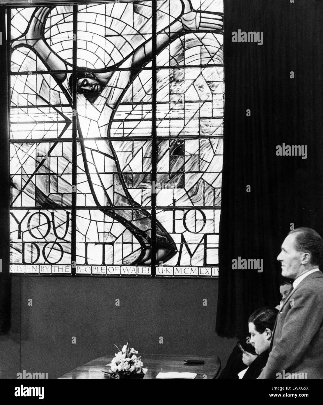 The Wales Window for Alabama, Unveiling Ceremony, Thomson House, Cardiff, Wales, Thursday 4th February 1965. Unveiled - Stock Image