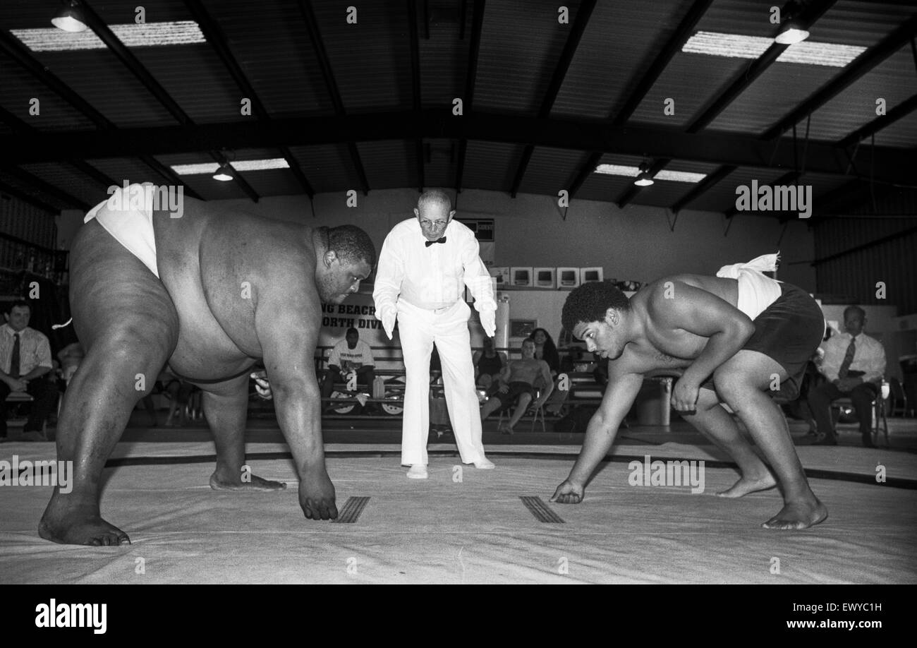 LONG BEACH, CA – AUGUST 5- Sumo wrestlers at the U.S. Sumo Open in Long Beach, California on August 5, 2001. - Stock Image