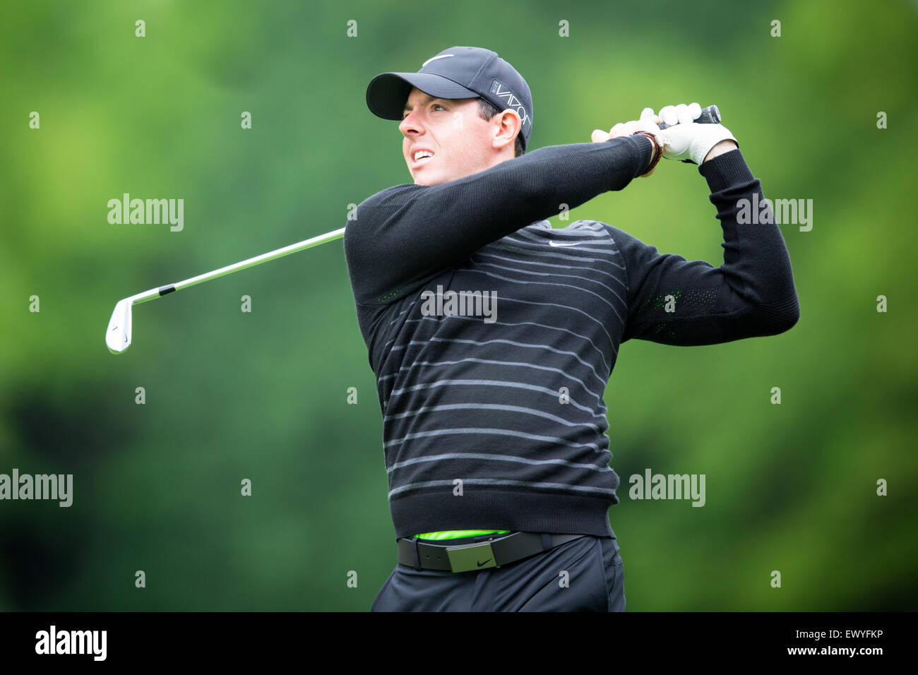 Rory McIlroy competing in the Pro-Am ahead of the BMW PGA Championship at Wentworth on May 20, 2015. - Stock Image