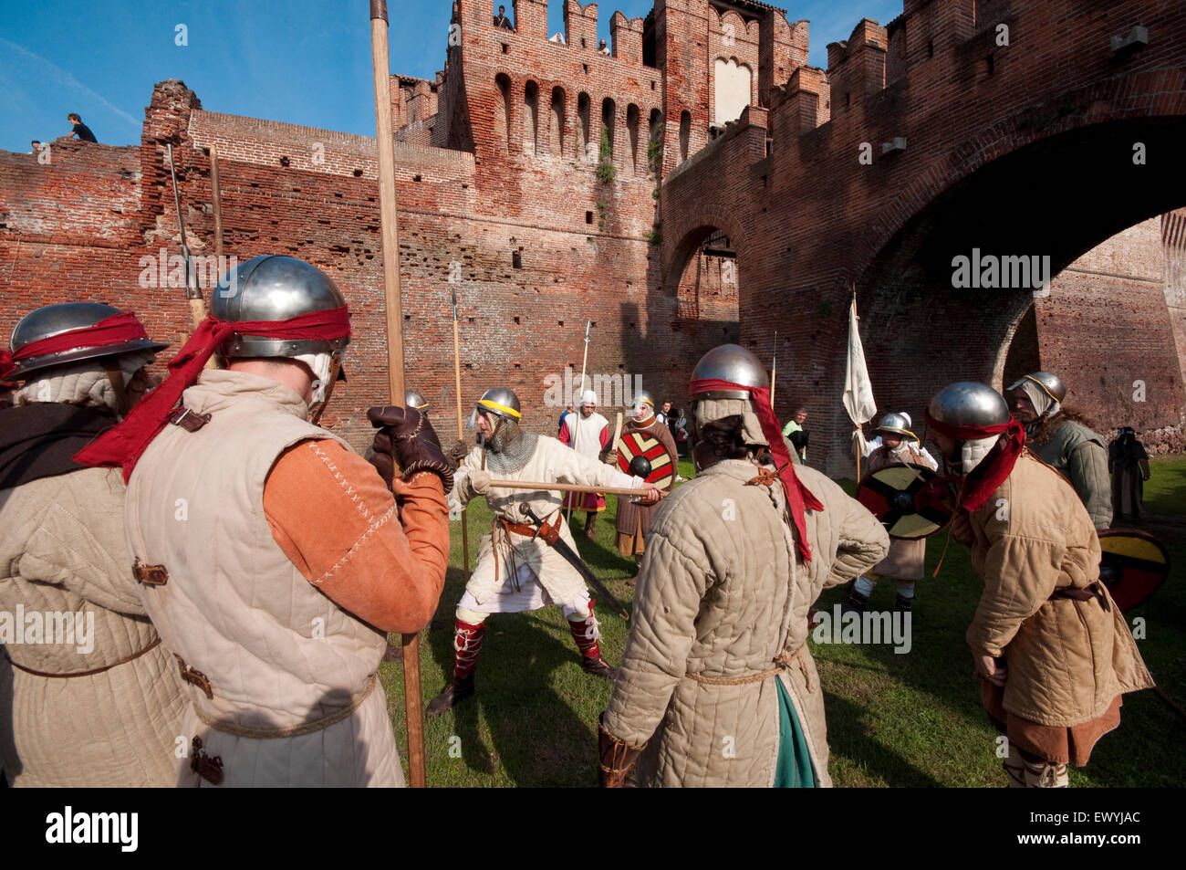 Italy, Lombardy, Soncino, Rocca Sforzesca, Castle, Historical Reenactment, Medieval Soldier - Stock Image