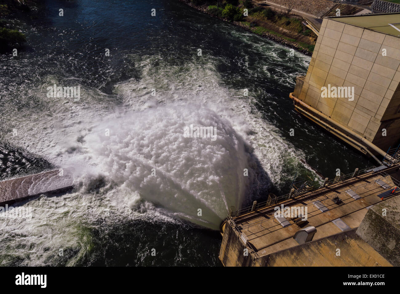 Hume Dam, on border of News South Wales and Victoria, Australia - Stock Image