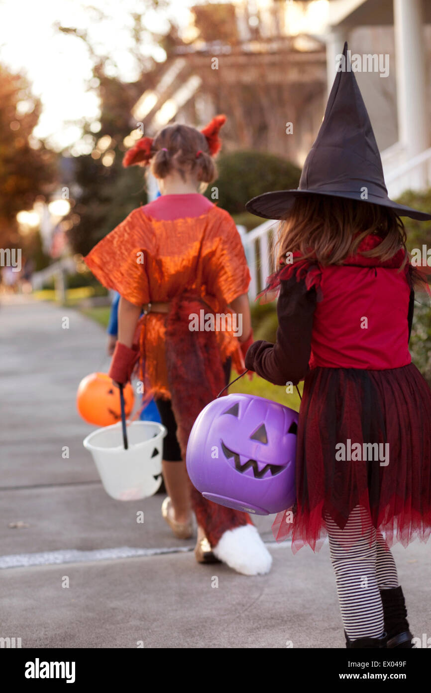 Children going trick or treating - Stock Image