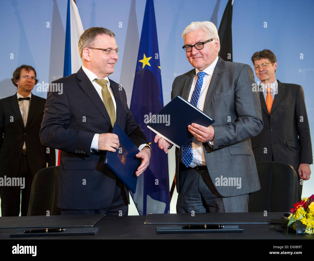 Berlin, Germany. 03rd July, 2015. German Foreign Minister Frank-Walter Steinmeier (SPD, R) and Czech counterpart - Stock Image