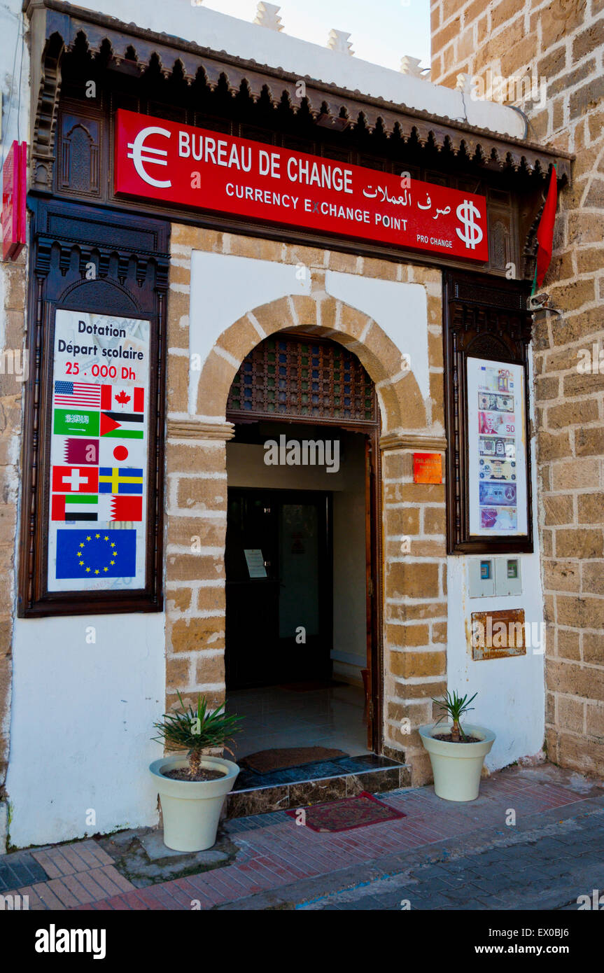 Bureau de change, money currency exchange, Medina, Essaouira, Atlantic coast, Morocco, northern Africa - Stock Image