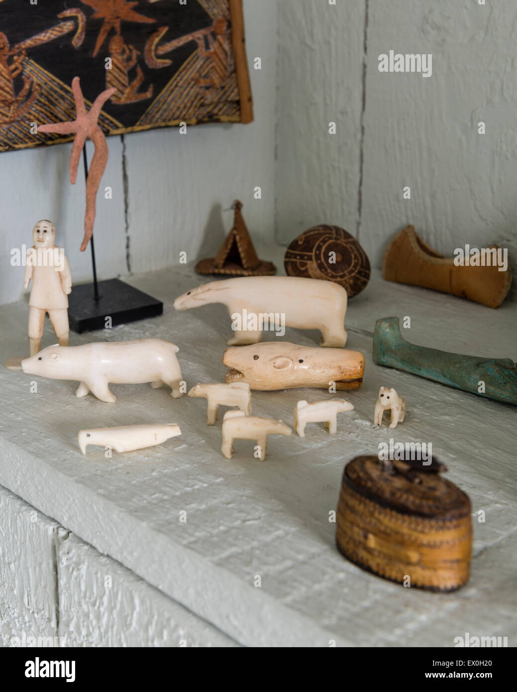 Inuit ivory carvings - Stock Image