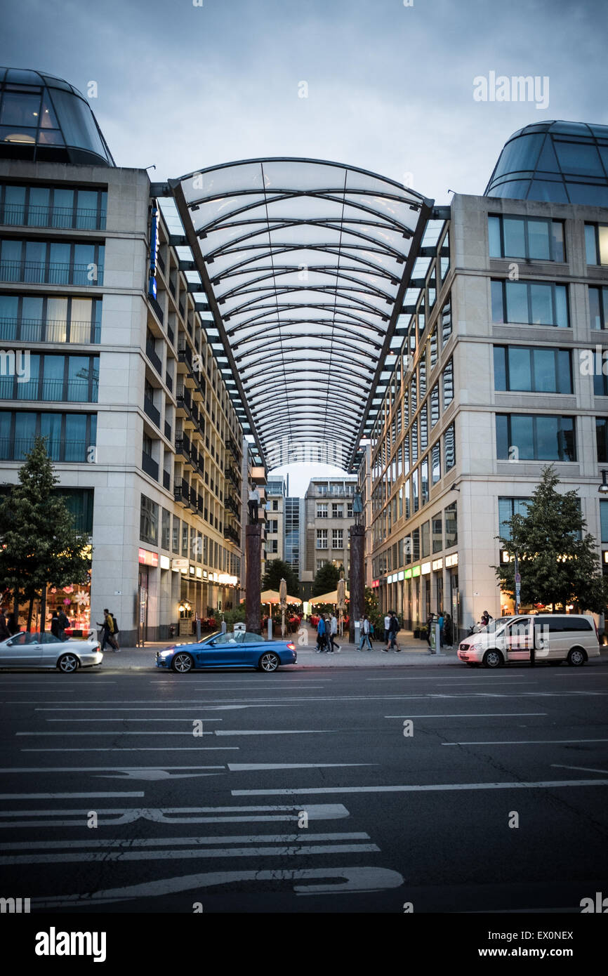Radisson Blu Hotel from the other side of the road in Berlin - Stock Image