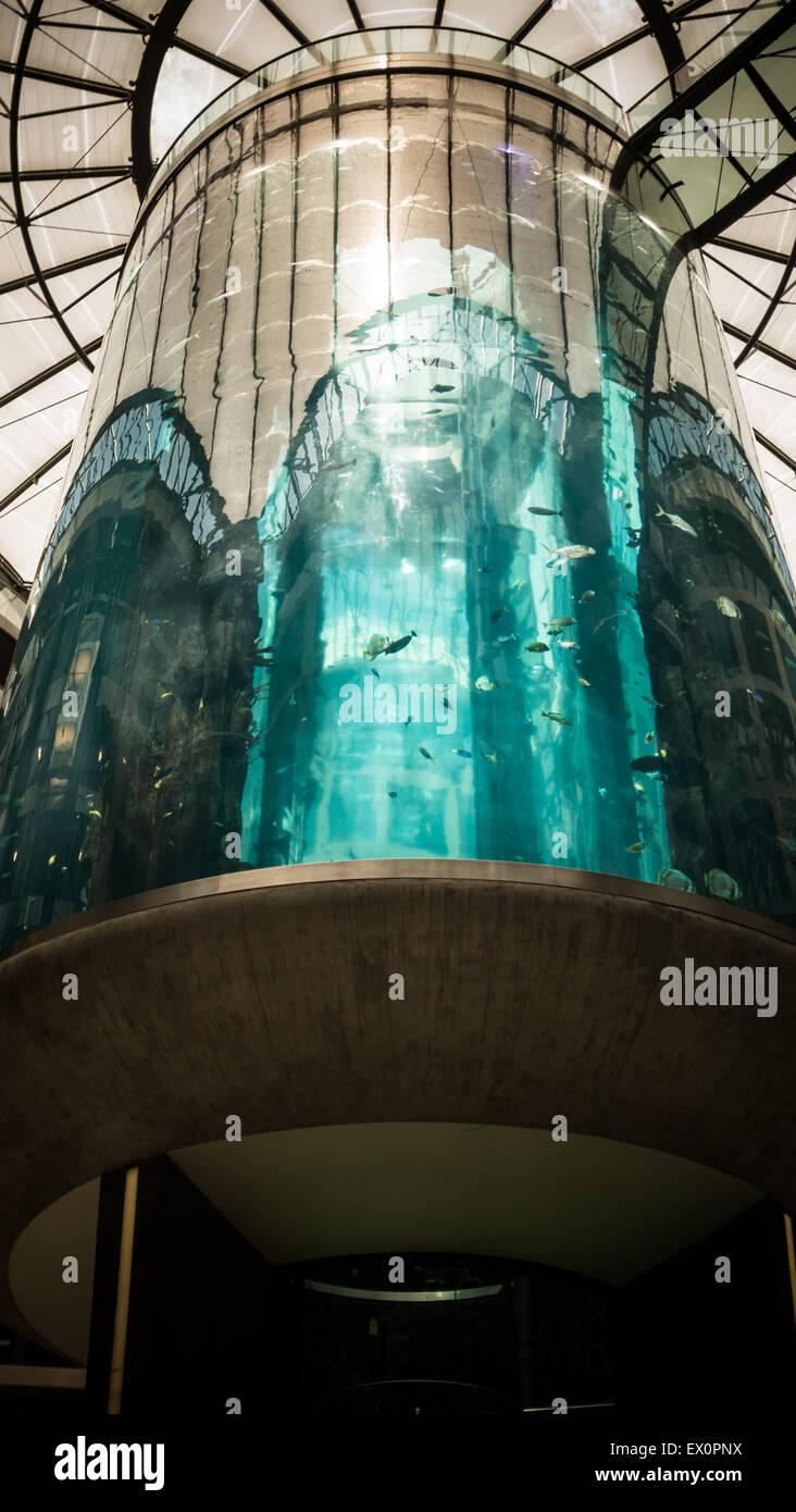 Aquadom lift aquarium at Radisson Blu Hotel in Berlin-Mitte - Stock Image