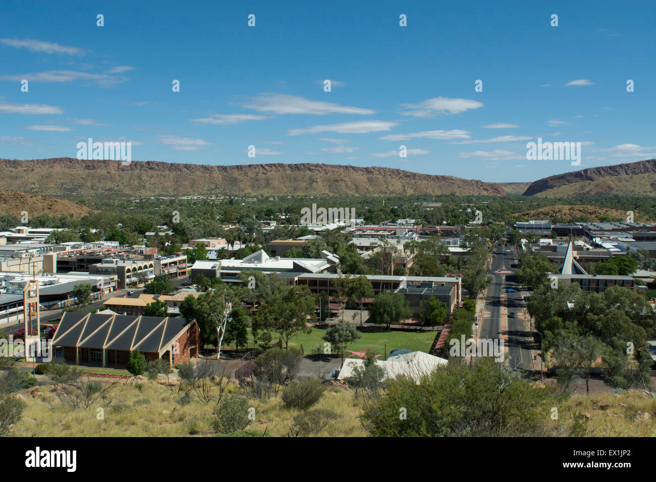 Australia, NT, Alice Springs. Anzac Hill overview point. View of downtown Alice Springs from Anzac Hill. - Stock Image