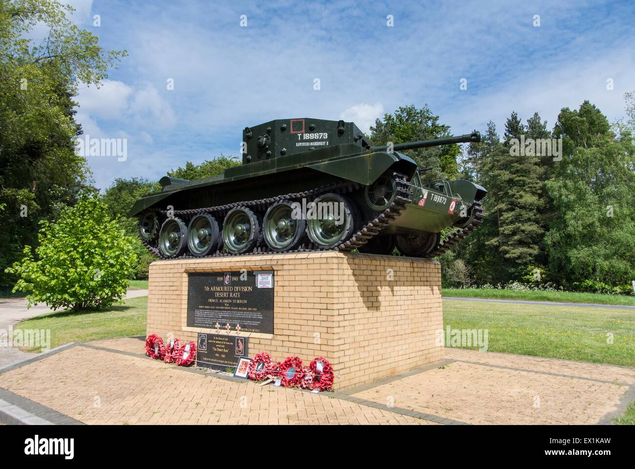 The Desert Rat Memorial Thetford Forest. The Mark IV Cromwell Tank on the plinth is a replica of. 'Little Audrey' - Stock Image