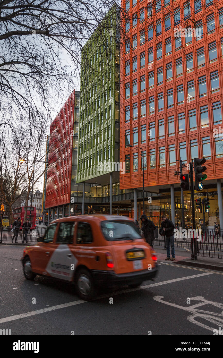 Central St Giles office block in central London. Designed by Renzo Piano - Stock Image