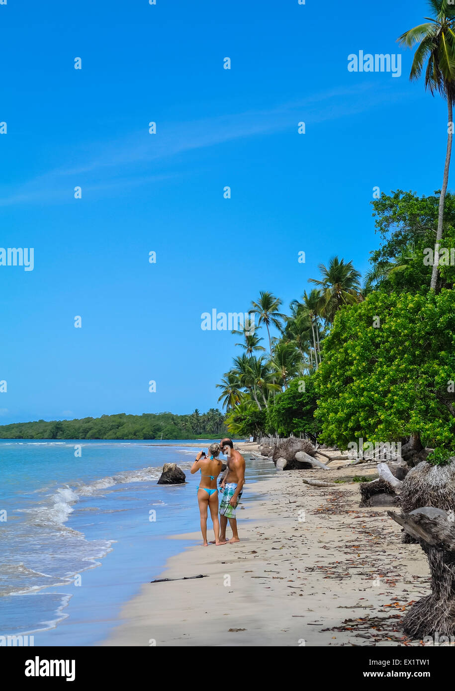 couple on Beach Morro de sao paulo Brazil south america - Stock Image
