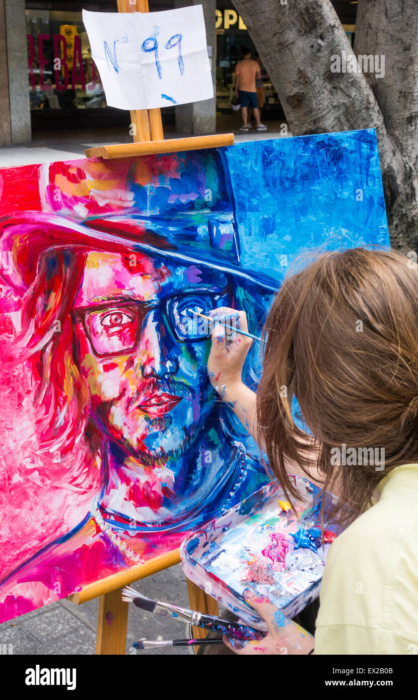 Las Palmas, Gran Canaria, Canary Islands, Spain. 4th July, 2015. Finishing touches to Johnny Depp  portrait as 180 Stock Photo